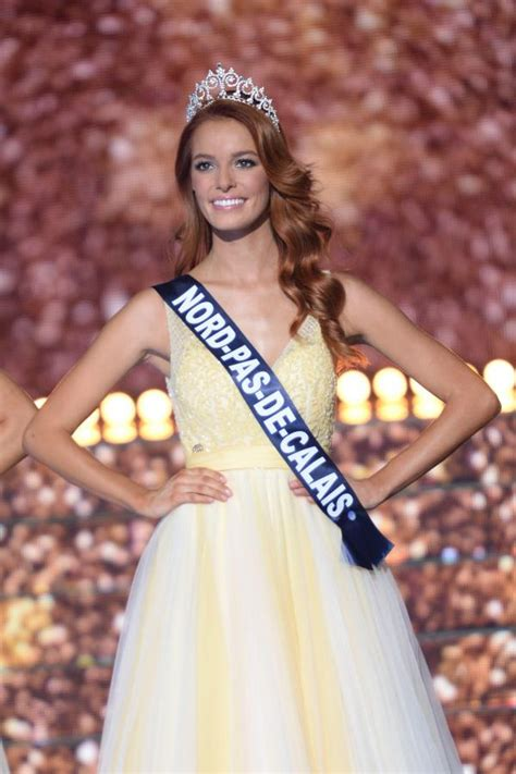 And the new Miss France 2018 is Maëva Coucke, Miss Nord