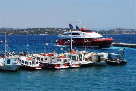 Spetses – Travel guide at Wikivoyage
