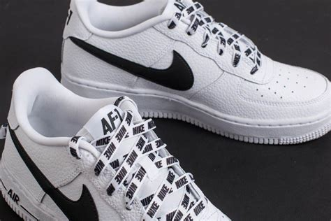 Nike Leather Air Force 1 Lv8 (gs) White/ Black - Lyst