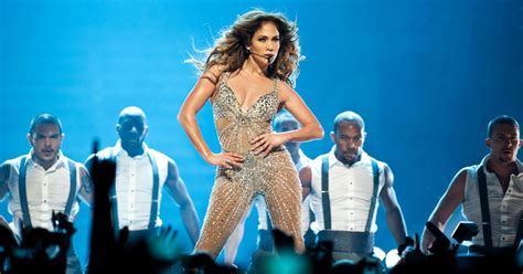 Jennifer Lopez Shakes Her Booty In Sexy New Instagram Clip
