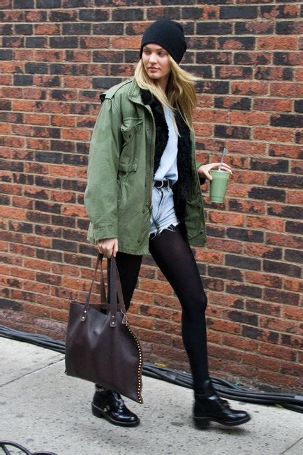Celebrities in Black Tights - Outfit Ideas with Pantyhose