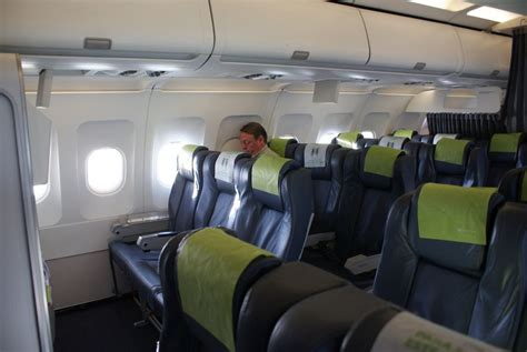 Review of TAP Air Portugal flight from London to Lisbon in