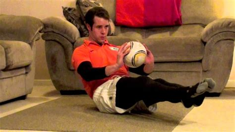 Soccer Workouts For Abs: 4 Minute At Home Soccer Workout